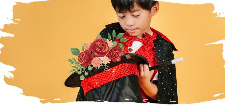 Фокусник достает из шляпы цветы